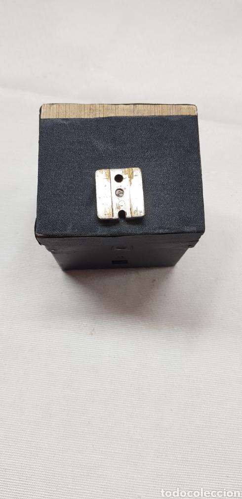 Antigüedades: Posible accesorio de cámara fotográfica - Foto 2 - 176449909