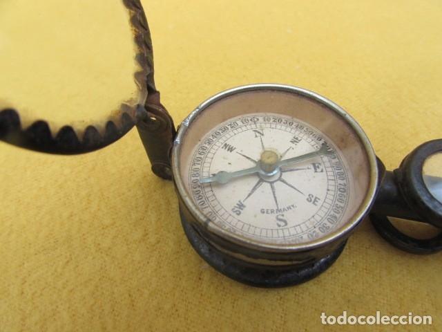 BRÚJULA CON BINOCULARES Y ESPEJO DE SEÑALES - ALEMANIA - WWI (Antigüedades - Técnicas - Otros Instrumentos Ópticos Antiguos)