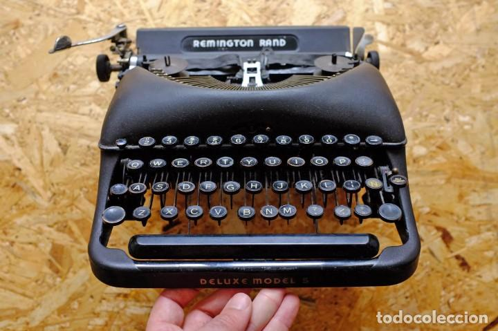 Antigüedades: Máquina de escribir Remington Rand Deluxe Model 5 - Foto 2 - 176539192