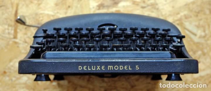 Antigüedades: Máquina de escribir Remington Rand Deluxe Model 5 - Foto 4 - 176539192