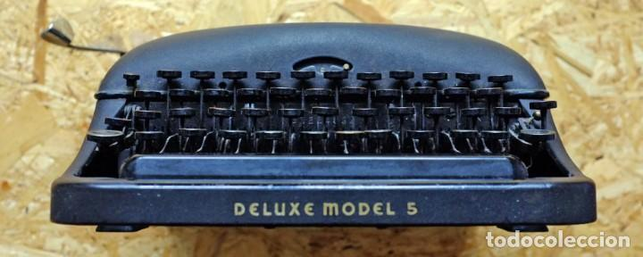 Antigüedades: Máquina de escribir Remington Rand Deluxe Model 5 - Foto 5 - 176539192