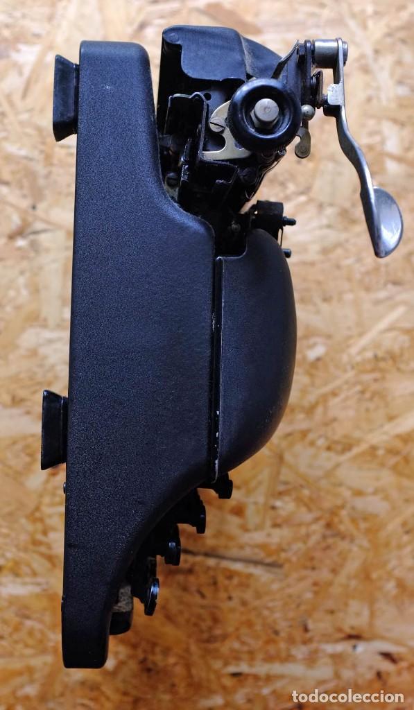 Antigüedades: Máquina de escribir Remington Rand Deluxe Model 5 - Foto 10 - 176539192