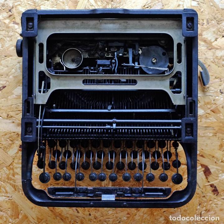 Antigüedades: Máquina de escribir Remington Rand Deluxe Model 5 - Foto 11 - 176539192