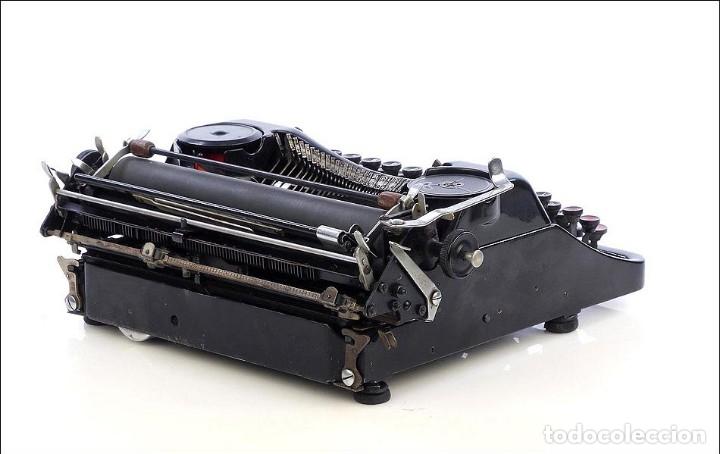 Antigüedades: Antigua Máquina de Escribir Rheinmetall. Alemania, 1931 - Foto 4 - 176570203