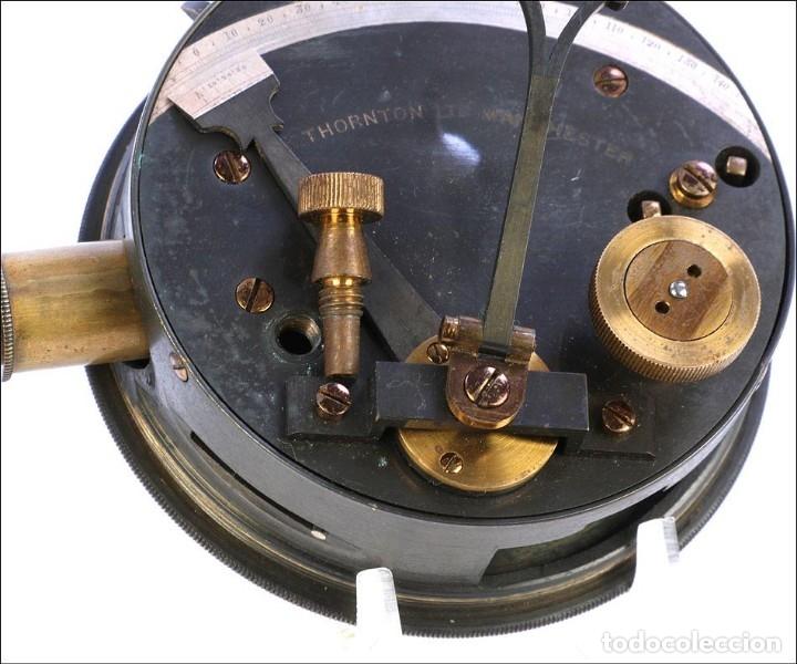 Antigüedades: Antiguo Sextante de Bolsillo Thornton. Manchester, Inglaterra, Circa 1920 - Foto 13 - 176573233