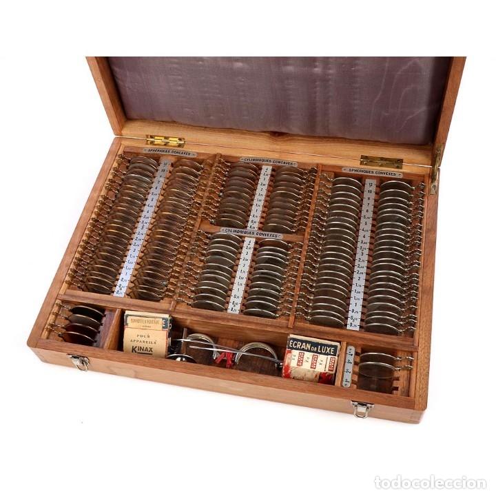 ANTIGUO ESTUCHE DE LENTES PARA ÓPTICO. FRANCIA, AÑOS 50 (Antigüedades - Técnicas - Otros Instrumentos Ópticos Antiguos)