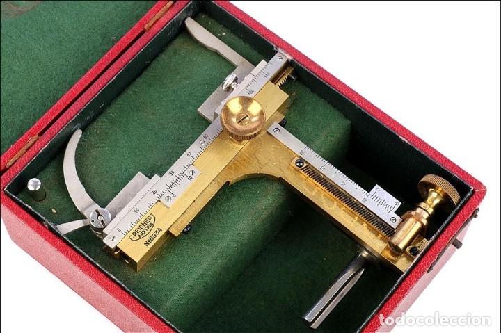 Antigüedades: Antigua Pletina Mecánica Para Microscopio Reichert. Austria, Circa 1920 - Foto 5 - 176574527
