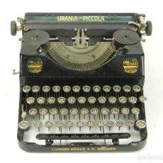 Antigüedades: MAQUINA DE ESCRIBIR URANIA PICCOLA AÑO 1926 TYPEWRITER SCRHEIBMASCNINE. Lote 176669982