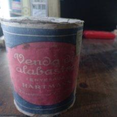 Antigüedades: VENDA ALABASTRO ENYESADA HARTMANN CON ENVOLTURA. Lote 176719922