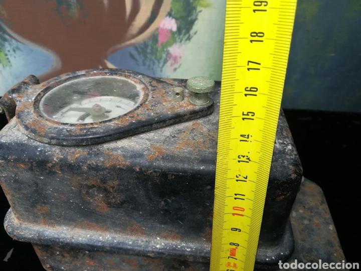 Antigüedades: Antiguo contador de luz - Foto 7 - 176787058