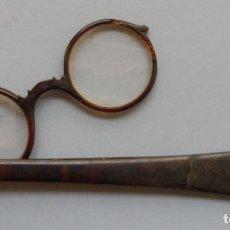 Antigüedades: ANTIGUOS IMPERTINENTES - GAFAS DE CAREY S. XIX. Lote 176961617