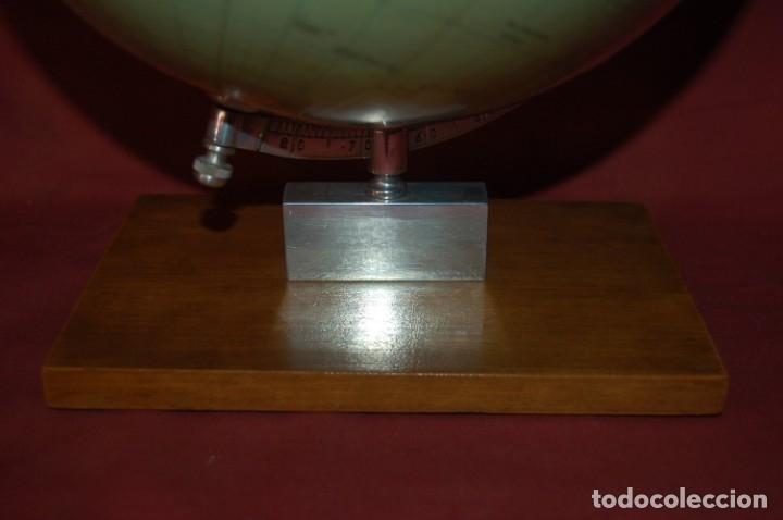 Antigüedades: GLOBO TERRÁQUEO POLÍTICO ALEMÁN (BOLA DEL MUNDO ) BEROLINA, 25 CM, AÑO 1957 - Foto 3 - 177300100