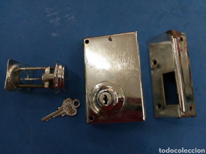 Antigüedades: Cerradura de hierro niquelado , años 1950-60 - Foto 2 - 177306965