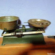 Antigüedades: BALANZA PESO ANTIGUO. Lote 177365990