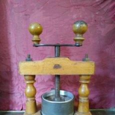 Antigüedades: PRENSA FARMACIA XLX.. Lote 177404017