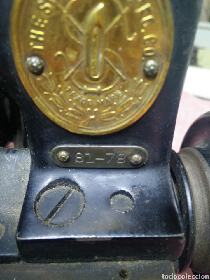 Antigüedades: Maquina de coser sombreros - Foto 5 - 177408879