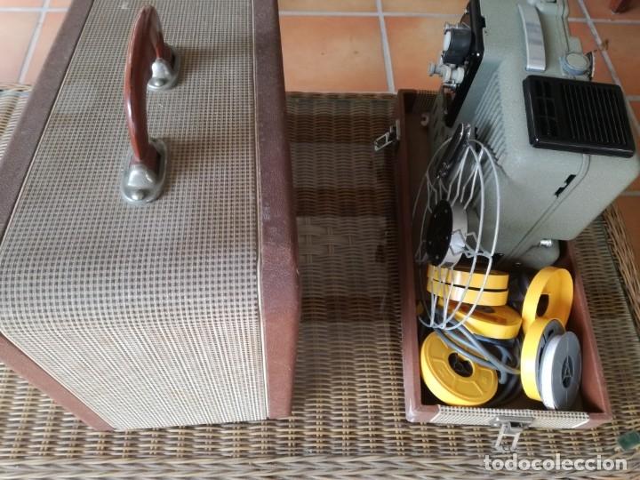 Antigüedades: Reproductor películas Emuig P8 imperial. Impecable - Foto 3 - 177496240