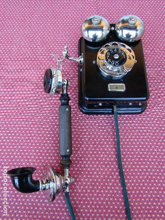 ANTIGUO TELEFONO DE PARED DE LA MARCA TELEFONAKTIEBOLAGET, L. M. ERICSSON, AÑO: 1932 (Antigüedades - Técnicas - Teléfonos Antiguos)