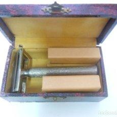 Antigüedades: MAQUINILLA DE AFEITAR SIN MARCA SIN USAR. Lote 177691097