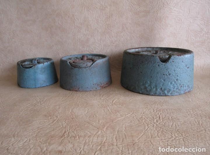 Antigüedades: lote 3 grandes pesas 20 10 y 5 kilos pesa - Foto 3 - 177706620