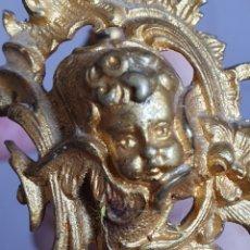 Antigüedades: ANTIGUA PAREJA DE APLIQUES CON CABEZAS DE ÁNGELES DORADOS AL ORMOLU S.XIX. Lote 177721018