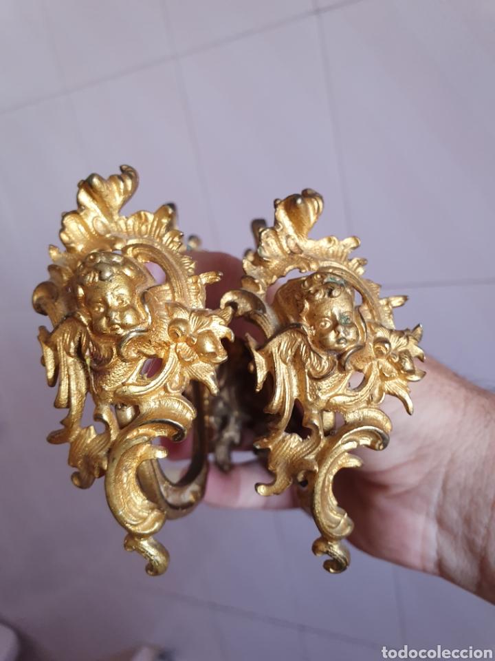 Antigüedades: ANTIGUA PAREJA DE APLIQUES CON CABEZAS DE ÁNGELES DORADOS AL ORMOLU S.XIX - Foto 6 - 177721018