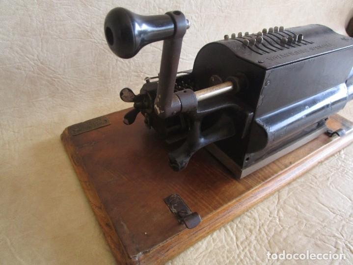 Antigüedades: antigua maquina de calcular calculadora venancio guillamet trinks brunsviga - Foto 11 - 91572195