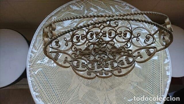 Antigüedades: Decorativo Frutero de hierro forjado - Foto 2 - 178056900