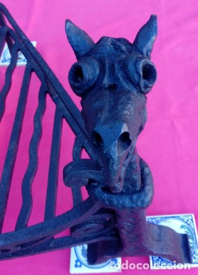 Antigüedades: MORILLOS DE FORJA S. XIX CON PARRILLA, EN HIERRO FORJADO. DIMENSIONES.- 62.5X55X39 CMS - Foto 6 - 178163302