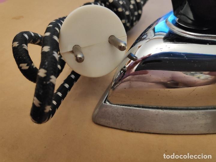 Antigüedades: Plancha Rowenta sin uso - De colección muy bonita - Foto 2 - 178177915