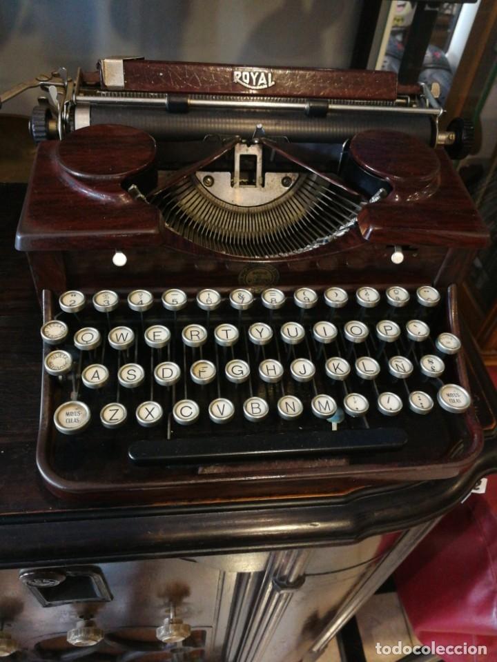 MÁQUINA ESCRIBIR ANTIGUA (Antigüedades - Técnicas - Máquinas de Escribir Antiguas - Royal)