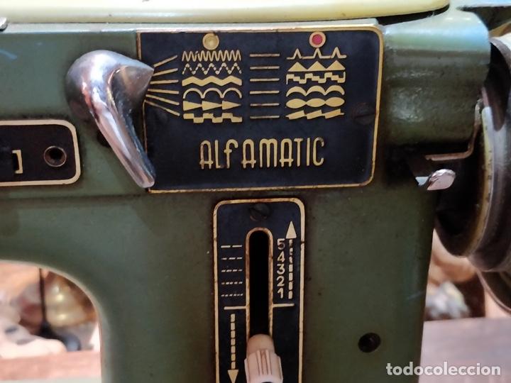 Antigüedades: Máquina de coser ALFA - Alfamatic 103-3- sin motor - Foto 5 - 178441167