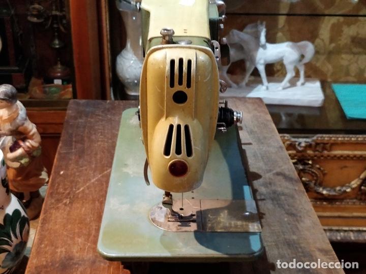 Antigüedades: Máquina de coser ALFA - Alfamatic 103-3- sin motor - Foto 8 - 178441167