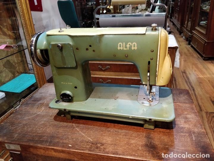 Antigüedades: Máquina de coser ALFA - Alfamatic 103-3- sin motor - Foto 9 - 178441167