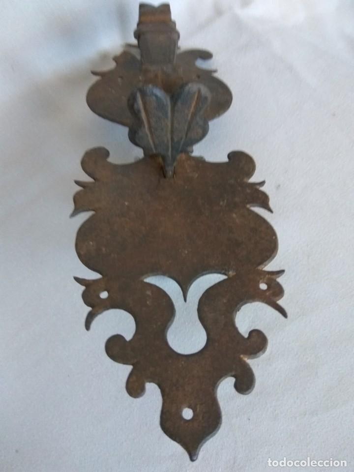Antigüedades: TIRADOR DE PESTILLO DE HIERRO FORJADO, SIGLO XVII - Foto 3 - 178564923