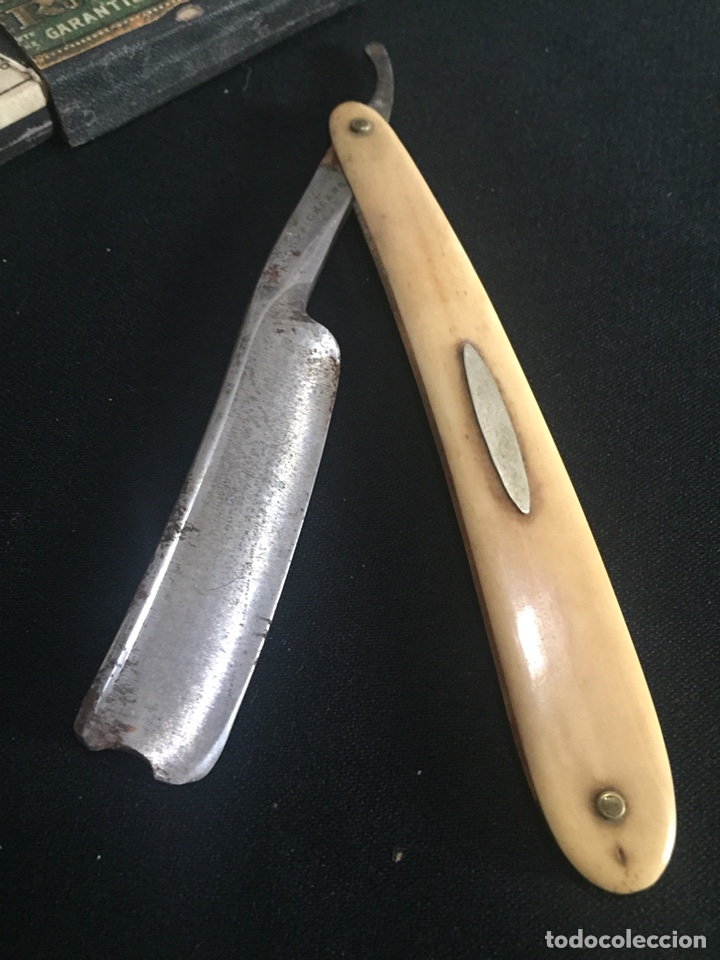 Antigüedades: Antigua navaja de barbero. Cachas de hueso. - Foto 3 - 178609158