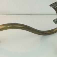 Antigüedades: ANTIGÜA GRIFERÍA Y TUBERÍA PARA BIDET EN BRONCE. Lote 178773430