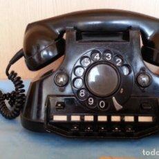Teléfonos: TELÉFONO AÑO 1952 EN BAQUELITA. CENTRALITA. CURIOSO.. Lote 178790020