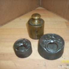 Antigüedades: LOTE DE 3 PESAS. Lote 178824768