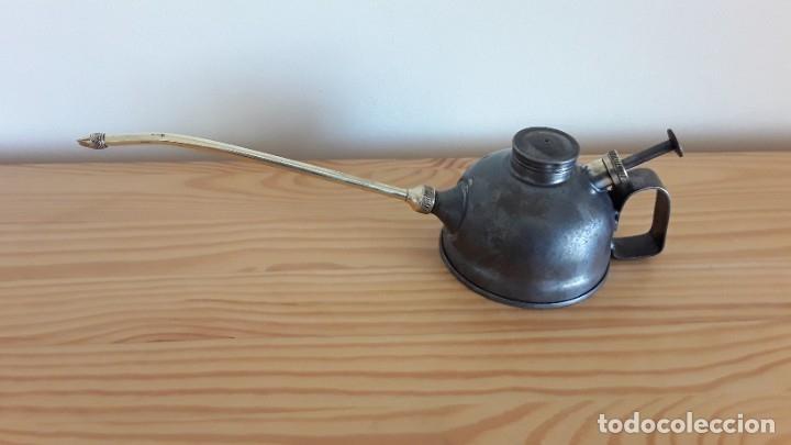 Antigüedades: Aceitera de hierro y latón - Foto 2 - 178867682