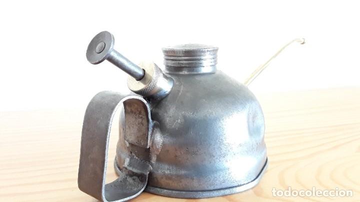 Antigüedades: Aceitera de hierro y latón - Foto 3 - 178867682