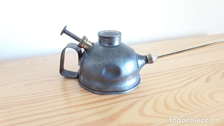 Antigüedades: Aceitera de hierro y latón - Foto 4 - 178867682