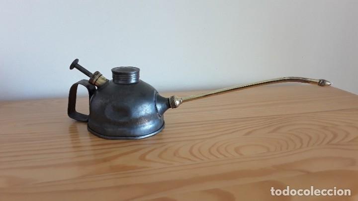 Antigüedades: Aceitera de hierro y latón - Foto 6 - 178867682