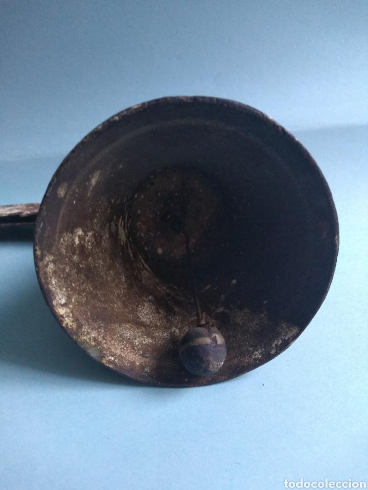 Antigüedades: Antigua campana y soporte - Foto 5 - 178889622