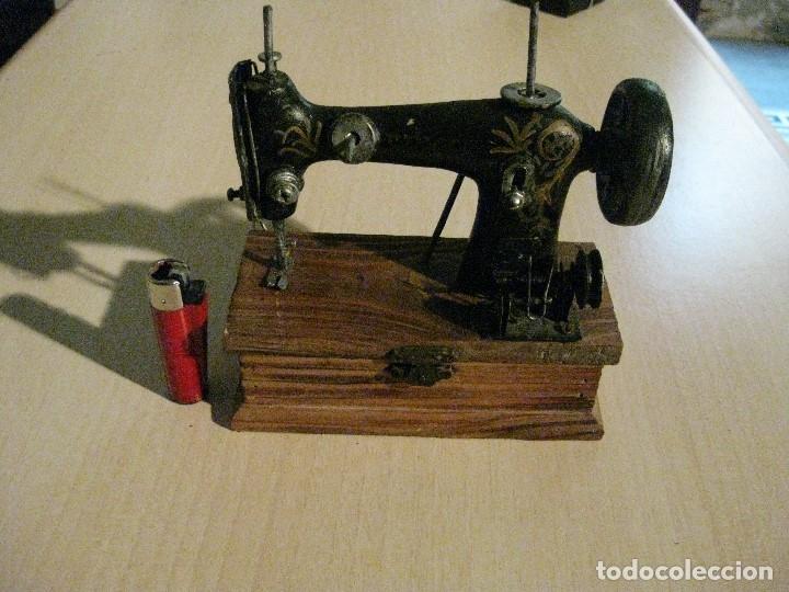 PRESIOSA MAQUINITA/CAJA ** SIGMA ** (Antigüedades - Técnicas - Máquinas de Coser Antiguas - Singer)