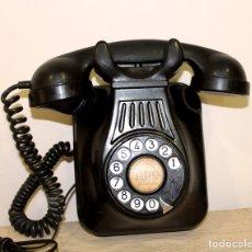 Teléfonos: ESTUPENDO Y ANTIGUO TELEFONO DE PARED DE BAQUELITA AÑOS 40 FUNCIONANDO---ENVIO GRATIS A PENINSULA. Lote 178955662