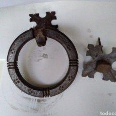Antigüedades: LLAMADOR DE PUERTA DE HIERRO FORJADO. Lote 178997556