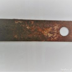 Antigüedades: CUCHILLA ANTIGUO CEPILLO CARPINTERO. Lote 179056426
