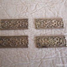 Antigüedades: LOTE DE 4 EMBELLECEDORES DE BRONCE ANTIGUOS 2 CM X 5 CM EMBELLECEDOR JOSE MONTESINOS VALENCIA. Lote 179099342