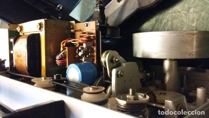 Antigüedades: MAGNIFICO PROYECTOR DE CINE SONORO SUPER 8 ELMO ST 600DM 2 TRACK COMO NUEVO - Foto 4 - 179104468